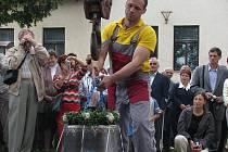 Kostel Svatého Ducha v Šumné se dočkal druhého zvonu.