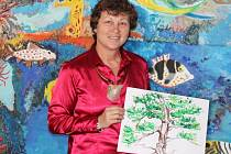 Učitelka výtvarné výchovy na ZŠ Mládeže ve Znojmě vede své žáky k lásce k umění. Každý rok se jí podaří dovést aspoň jednoho svěřence ke studiu na umělecké škole či architektuře.