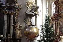 K významným dílům Josefa Winterhaldera partří kazatelna v kostele sv. Mikuláše ve Znojmě.