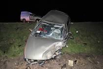 U Olbramovic se srazila dvě auta, řidiči skončili v nemocnici.