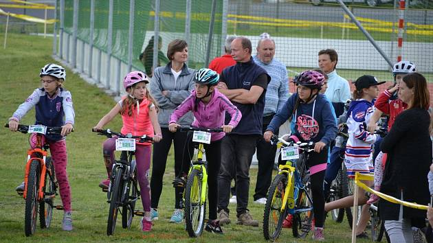Cyklistikiádu zvládl rekordní počet závodníků. Závodilo jich sedmdesát