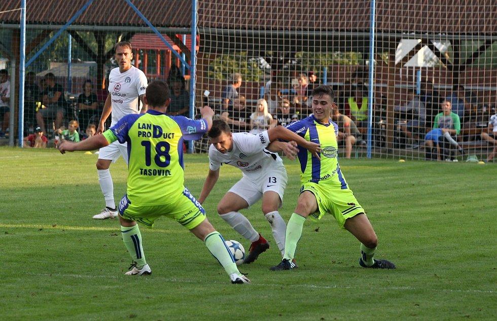 Divizní Tasovice podlehly ve druhém kole MOL Cupu prvoligovému Slovácku 2:5.