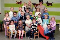 Děti z MŠ Vémyslice, třída Štěňata.