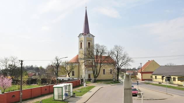 Litobratřice s dominantou kostela sv. Jiří