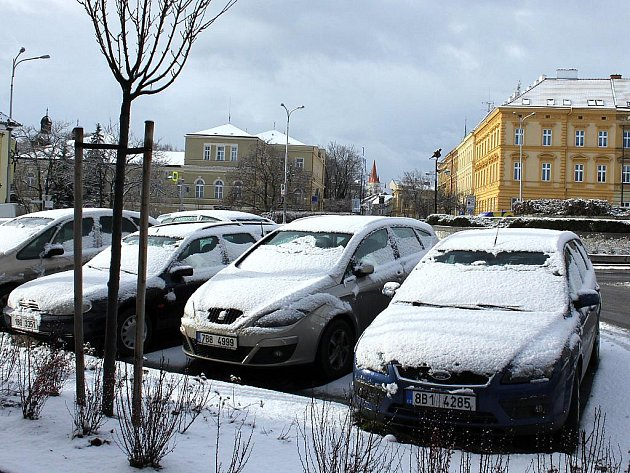 První sníh ve Znojmě napadl v pátek 13. ledna.