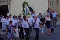 K tradiční hlavní pouti se v Mašůvkách sešly stovky věřících.