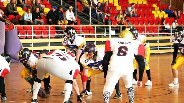 Znojmo Knights si na domácí palubovce došli pro druhé místo v ligovém turnaji série A7. Ze tří odehraných utkání vyhráli dvě.