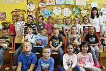 Žáci 1. třídy ZŠ Citonice s paní učitelkou Marcelou Popelkovou.