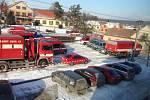 Vedrovičtí hasiči byli připraveni podílet se na likvidaci drůbeže kvůli karanténě vyvolané ptačí chřipkou. Úřady nakonec opatření v obci odvolaly.