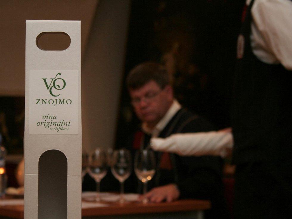 Vinaři hodnotili vína přihlášená k udělení certifikátu VOC Znojmo