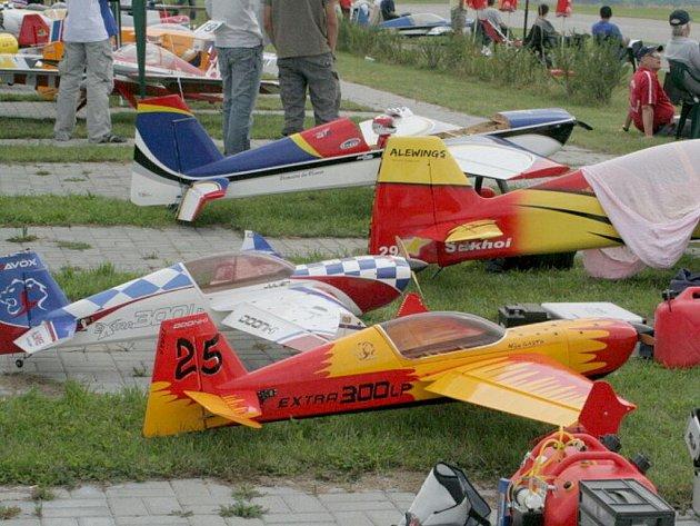 Model City v Hlubokých Mašůvkách hostilo ojedinělý závod European Xtreme Flight Championships 2011.