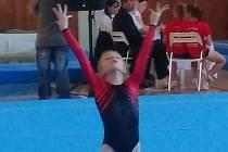 Znojemská gymnastka Veronika Kubošná získala na druhém kvalifikačním závodě v Ostravě pátý post.