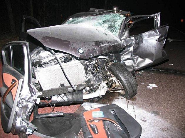 """Nehoda na """"dyjské"""" křižovatce skončila těžkým zraněním"""
