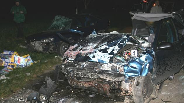 Tragická nehoda u Lesné stála dva životy