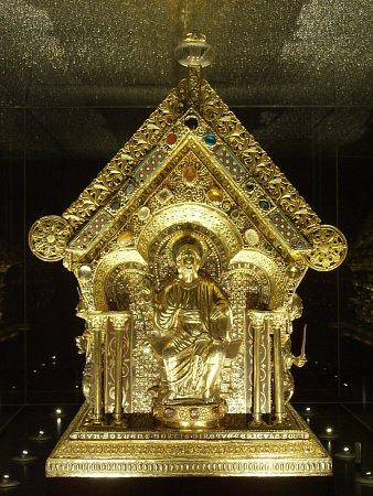 Návštěvníci letošního ročníku cestovatelského festivalu budou mít možnost prohlédnout si repliku Relikviáře svatého Maura.