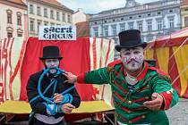 Znojmo žije divadlem, letos na Horním náměstí i v ulicích historického centra.