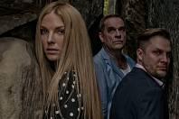 V dramatu Zrada se po boku Miroslava Etzlera a Tomáše Savky představí modelka a herečka Pavlína Němcová.