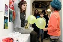 Znojemská galerie Agnes patří nyní mladým umělcům. Na Valentýna a své devatenácté narozeniny představila svou tvorbu studentka Tereza Lišková.