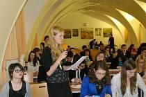 Ve Znojmě zasedala česká sekce Evropského parlamentu mládeže. Jednání se účastnilo přes šedesát studentů.