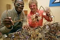Petr Kotvald propaguje projekt Brýle pro Afriku