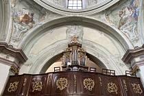 Varhany v kostele sv. Hippolyta na znojemském Hradišti.