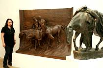 Novou velikou  plastiku Hugo Lederera nazvanou Návrat 1812 vystavuje v jednom z již opravených sálů znojemského hradu Jihomoravské muzeum.