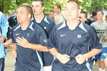 Znojemští fotbalisté zahájili přípravu výběhem po Znojmě.
