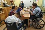 Covid v Zámku Břežany vymizel, klienti se uvidí s rodinou a blízkými po dlouhých dvou měsících. Ilustrační foto.