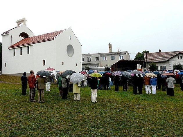 Kostel Svatého Ducha v Šumné se líbí i Klubu za starou Prahu.