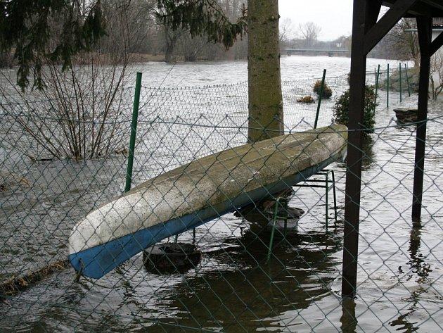 Záplavy ve Znojmě. Ilustrační foto.