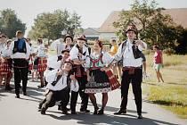 Z letošních Bartolomějských hodů v Suchohrdlech u Miroslavi