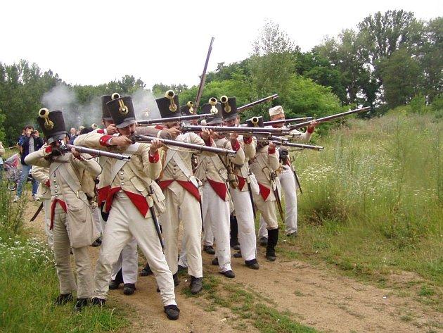 Rekonstrukce napoleonské bitvy u Dobšic v roce 2004