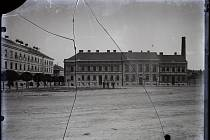Žižkovo (tehdy Albrechtovo) náměstí ve Znojmě.