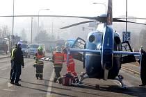 Úterní dopolední nehoda za přímětickým mostem ve Znojmě si vyžádala jedno smrtelné a jedno těžké zranění.