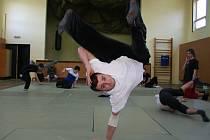 Trénik breakdance ve znojemské DDM