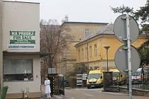 Areál staré nemocnice ve Znojmě. Ilustrační foto.