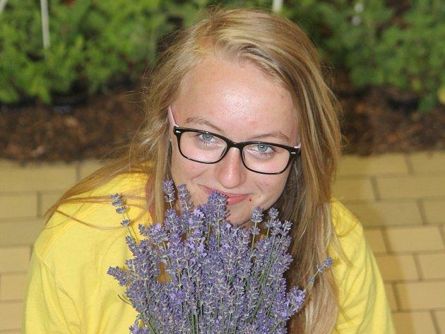 Školní projekt pomáhá studentům orientovat se nejen v léčivých rostlinách.
