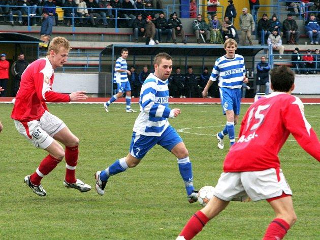 Znojemští fotbalisté uhráli první jarní body, když na domácí půdě porazili Brno B 1:0.