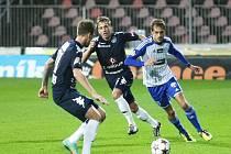Znojemští fotbalisté prohráli v duelu se Slováckem 1:2 a zůstali přikovaní na posledním místě Gambrinus ligy.