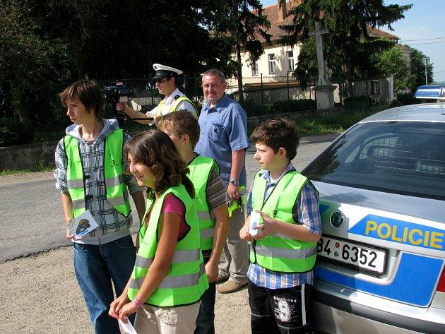 Děti s policisty hodnotili řidiče,