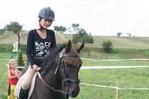 Na šedesát jezdců dorazilo na amatérskou soutěž do Kuchařovic