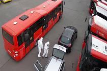 Autobusy MHD jsou ošetřené nanotechnologií. Řidiči je denně několikrát čistí.