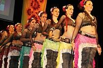 Již pojedenácté se na jevišti znojemského divadla představily ženy a dívky, kterým učaroval orientální tanec.
