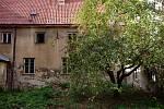 Někdejší kapucínský klášter ve Znojmě Budovy na Masarykově náměstí koupila od státu městská farnost. Nyní chystá plány dalšího využití.