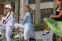 Ukázky různých stylů street dance, ale také street art a graffiti si pro zájemce připravili členové taneční skupiny skupiny Mighty Shake.