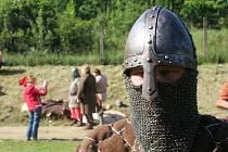 Vémyslické setkání válečníků a jejich doprovodu.