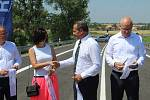 26. června 2019 zpovoznilo Ředitelství sinic a dálnic obchvat Lechovic. Slavnostního přestřižení pásky se zúčastnil generální ředitel ŘSD Pavol Kováčik, zástupci Jihomoravského kraje, starostka Lechovic i zástupce stavební firmy IMOS Brno.