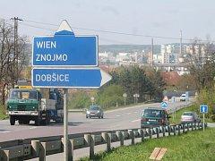 Podle aktuální Allianz Automapy je nejnebezpečnější křižovatka pro rok 2016 na jihu Moravy blízko Dobšic u Znojma.