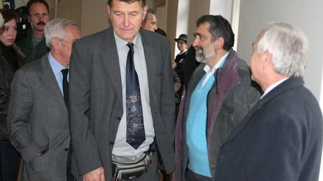 Chirurg Petr Vránek u znojemského soudu