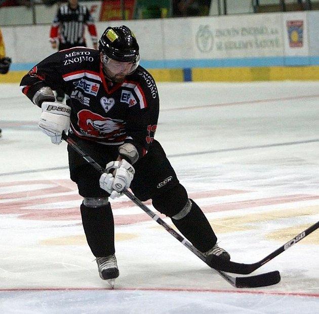 Znojemský hokejista Peter Pucher.